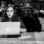 Persisting with Online Courses When The Going Gets Tough