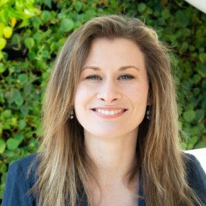 Liz Willets headshot photo