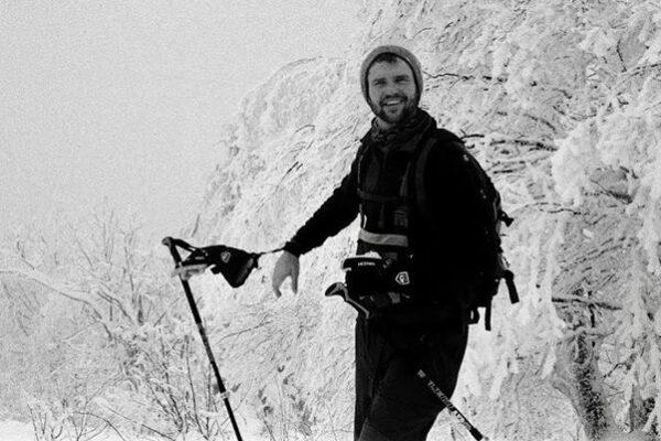 Mike Nocek snow skiing