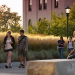 How to Meet People in College