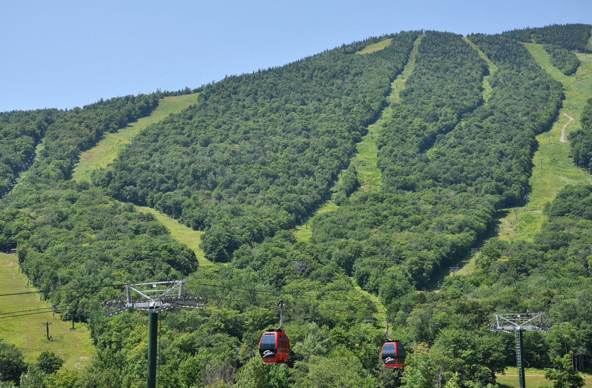 Ski & Ride in Vermont | VermontVacation.com - The Official ...